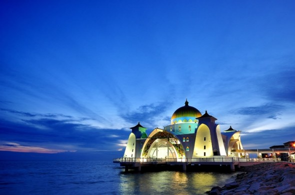 malacca-straits-mosque-590x391-copia
